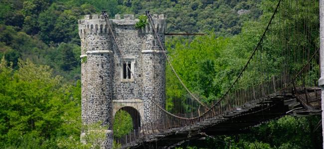 Le pont de Rochemaure avant restauration