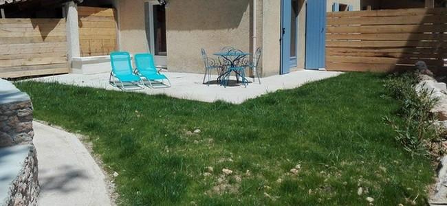 Le jardin et la terrasse du studio